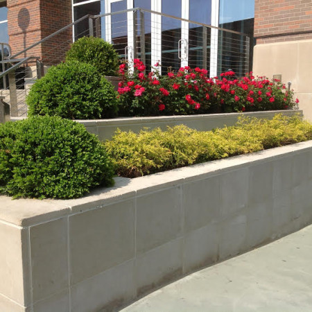 Commercial tiered planting